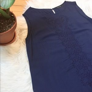 ✨2/15$✨ Embroidered Sleeveless Top